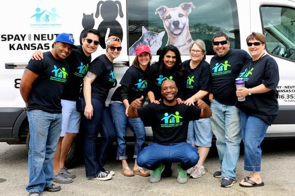 There are many opportunities to volunteer for Spay and Neuter Kansas City and help provide pet care and end pet homelessness in Kansas City.